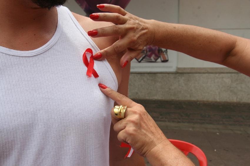 Aids, Fita Vermelha