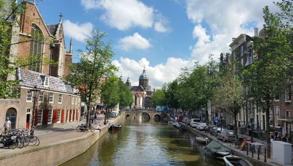 Palestras esclarecem sobre bolsas de estudos na Holanda e Alemanha