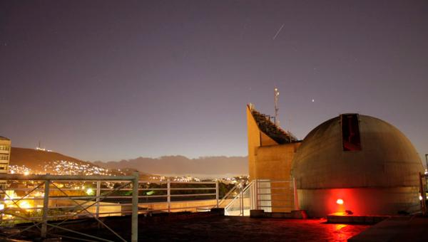 Observatório Astronômico ensina a identificar estrelas do céu de verão