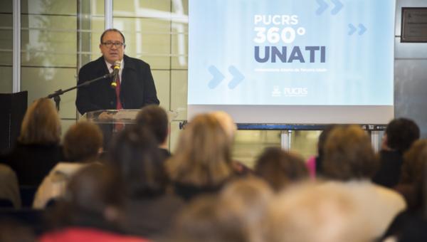 Universidade Aberta da Terceira Idade é lançada oficialmente