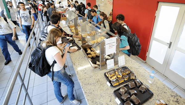 Acesso principal do Restaurante Universitário estará em obras