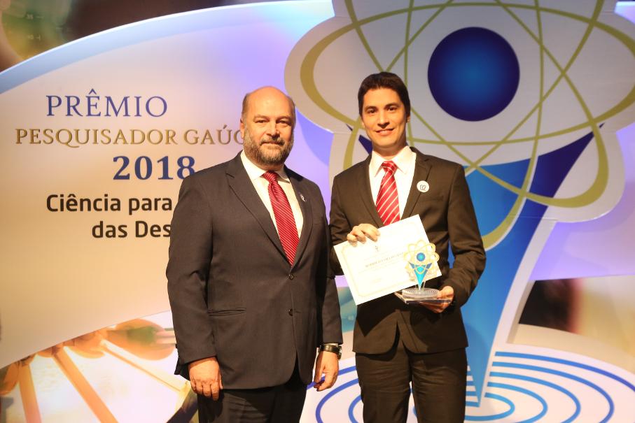 Prêmio Fapergs, Rodrigo Barros