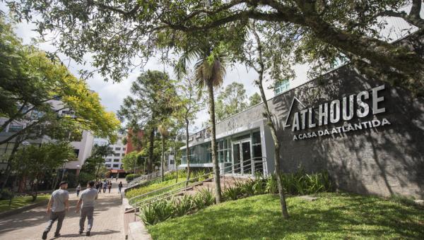 ATL House comemora dois anos de inauguração com atrações online