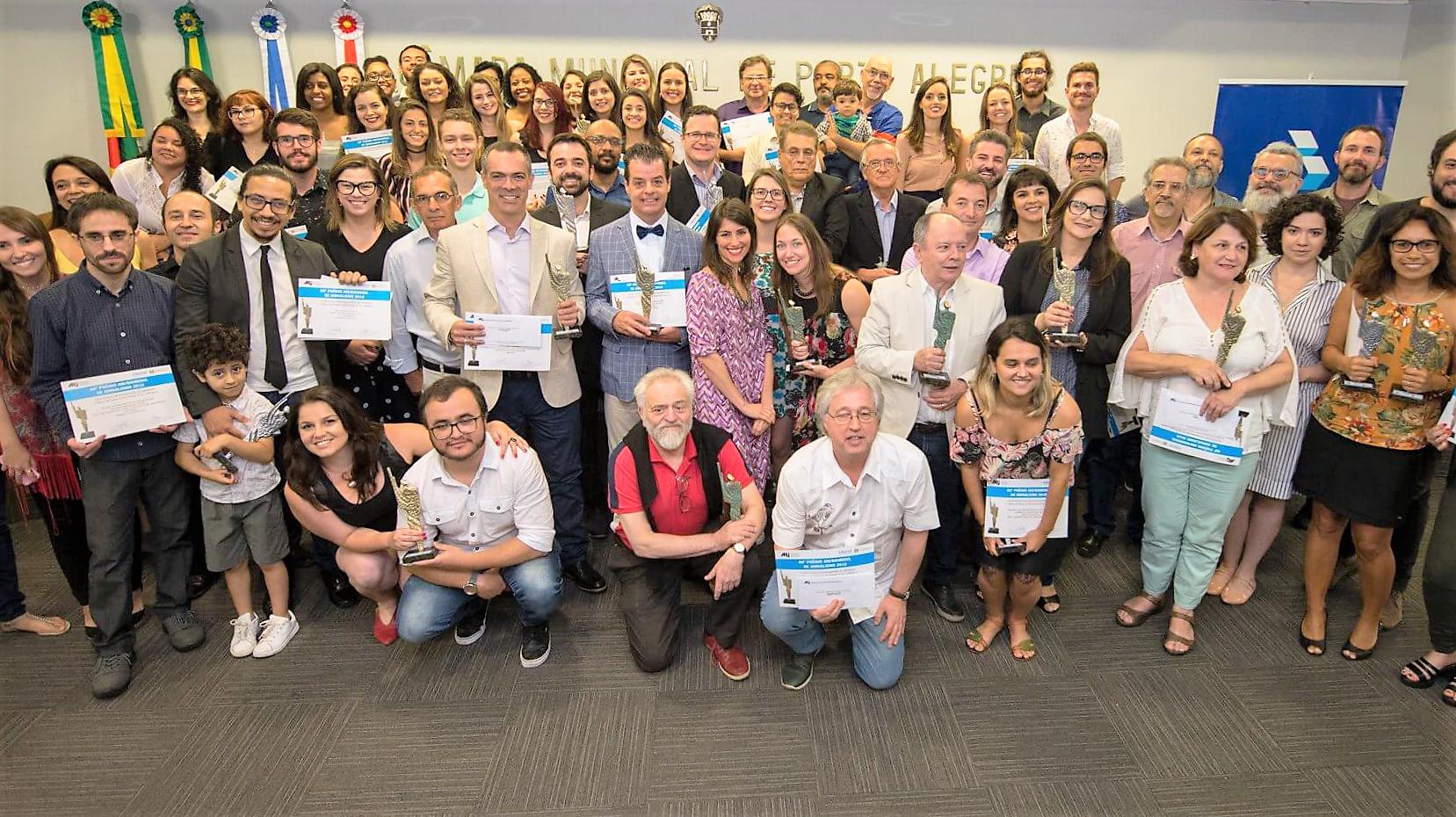 Jornalistas e universitários recebem prêmio 60° Prêmio ARI Banrisul/ Divulgação: ARI