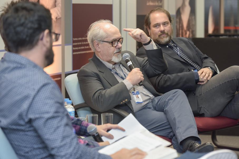 Lançamento do livro Escrever Ficção, Luiz Antonio de Assis Brasil, Instituto de Cultura