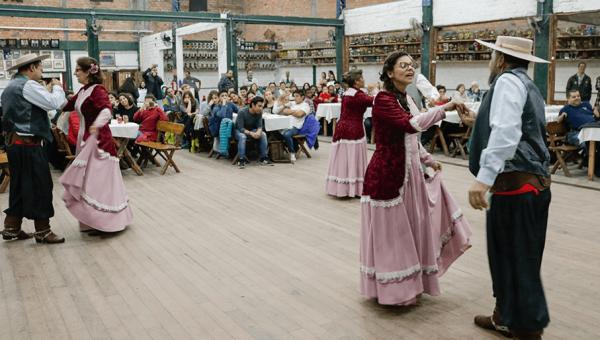 Alunos em mobilidade participam de momento cultural no CTG Tiarayú