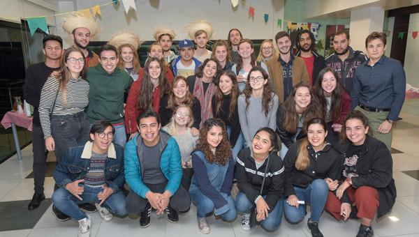 Festa Junina marca fim do período de mobilidade dos alunos internacionais