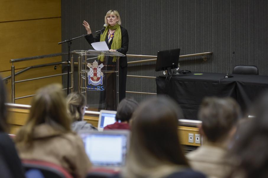 Conferência Internacional de Filosofia da Educação e Pedagogia, Sharon Todd