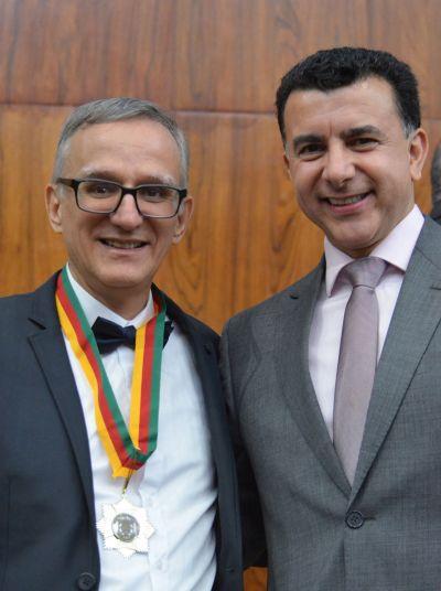 Juremir Machado da Silva (E) e o deputado estadual Jeferson Fernandes/ Foto: Celso Bender