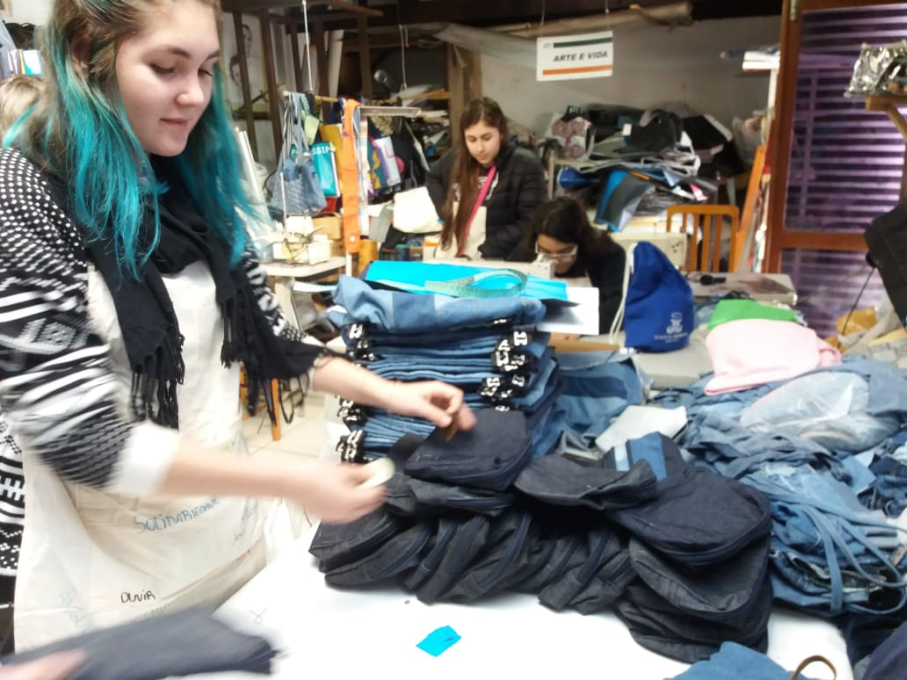 Cooperativa arte e vida,Linha jeans