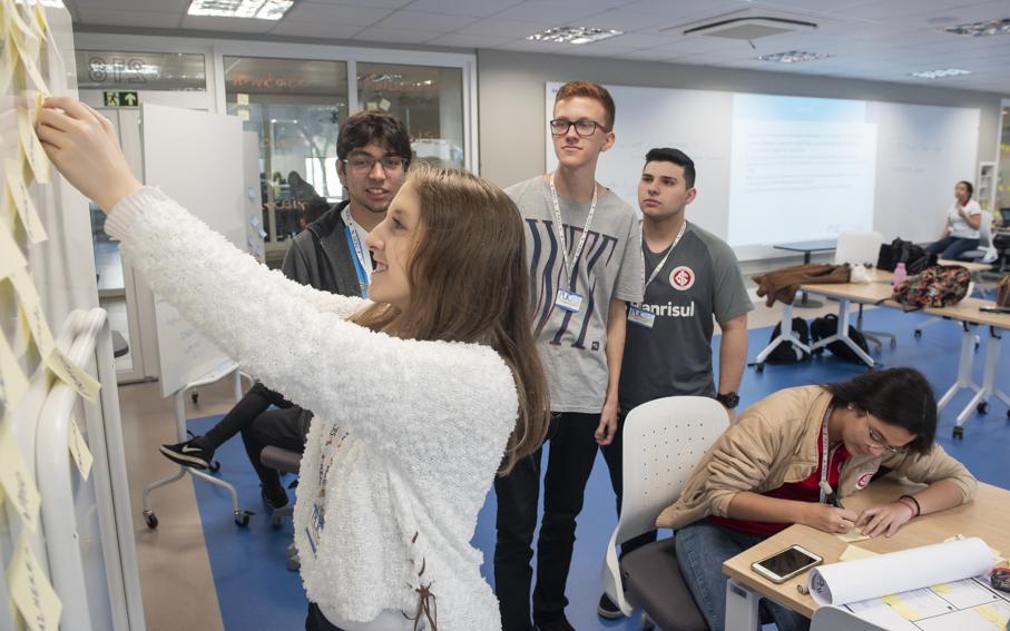 pregrad, negócios, prototipagem, living 360, alunos
