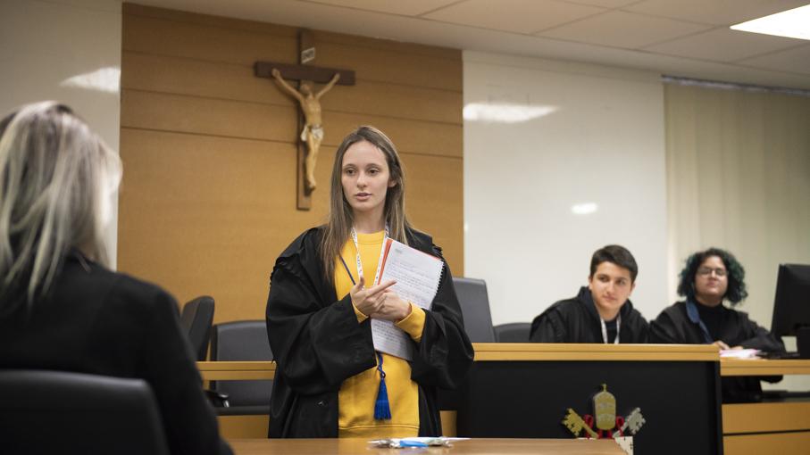 pregrad, sentença, crimes de morte, direito