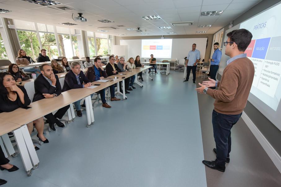 Apresentação da Escola de Negócios para a Prefeitura Municipal