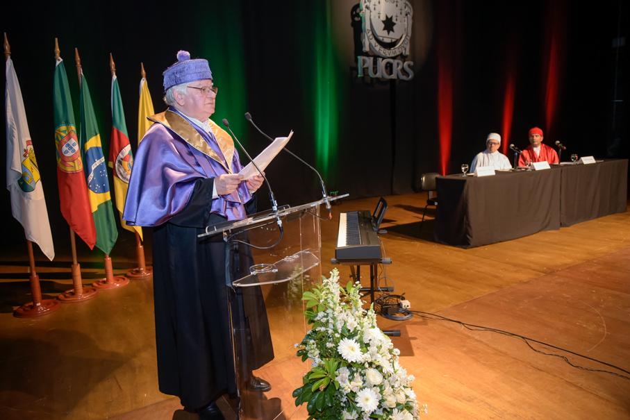 Honoris Causa Fernando Cartroga