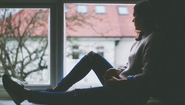 Cartilha aborda consequências do isolamento e a violência doméstica