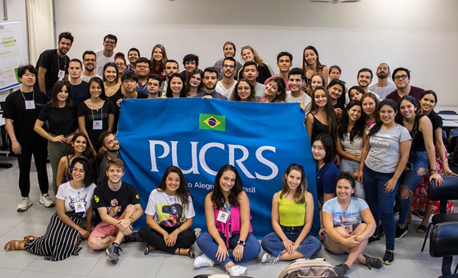 Programa da PUCRS aproxima estudantes de colegas internacionais - Amigo Universitário recebe inscrições até 14 de maio para o segundo semestre de 2020