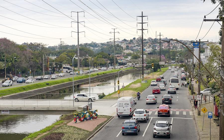 Primeira etapa da obra, ponte foi entregue à comunidade em agosto passado / Foto: Camila Cunha