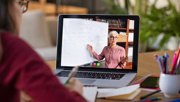 Aulas remotas planejadas têm como força motriz a qualidade acadêmica dos professores