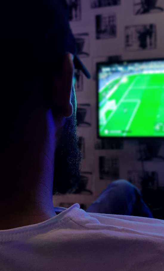 O futuro dos jogos de futebol pós-pandemia é rever costumes - Além de evitar aglomerações por questões de saúde, espectadores demonstraram simpatia pelas atrações transmitidas online