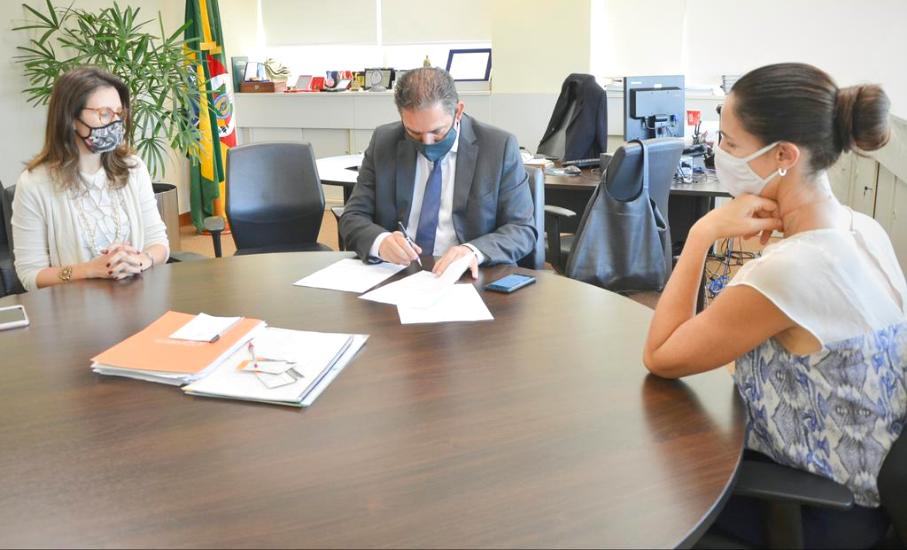 Projeto da Escola de Direito e do Ministério Público beneficiará população de baixa renda