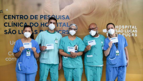 Hospital São Lucas inicia vacinação contra o coronavírus