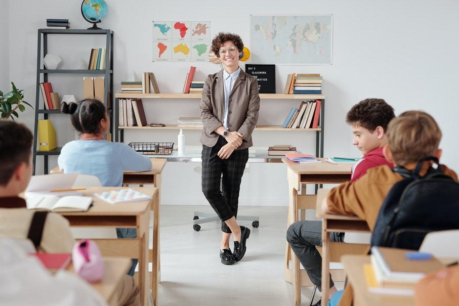 Cursos de pós-graduação em Educação prepara os profissionais para os desafios da área