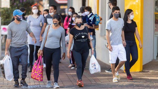 Estudo investiga a tolerância da população ao risco de contaminação pela Covid-19