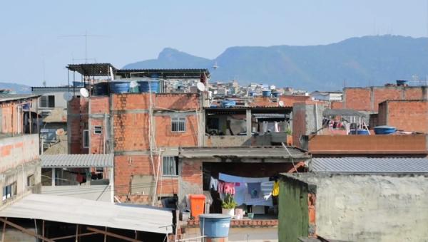Série sobre problemas sociais do Brasildirigida por professor da PUCRS já está disponível
