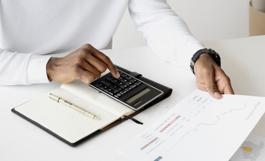 Veja 5 dicas de como quitar as dívidas e manter com o nome limpo