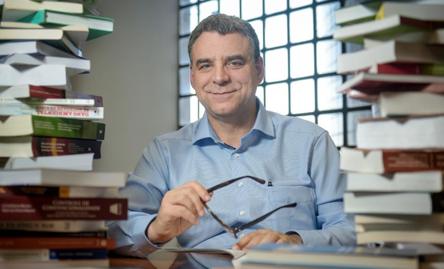 Professor da Escola de Direito é destaque em citações do STF e no Google Acadêmico