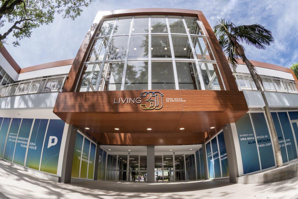 living fachada, campus