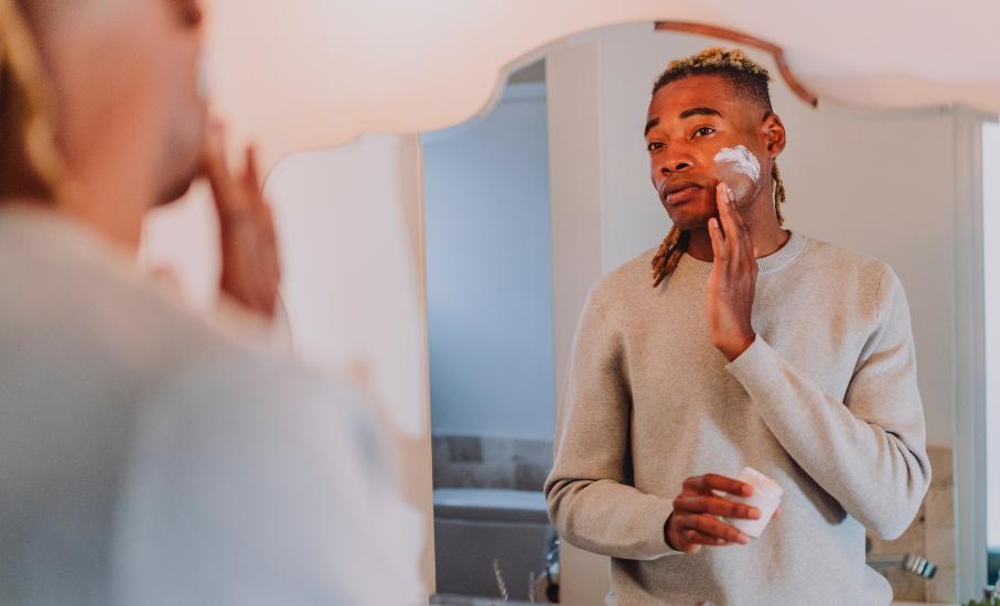 Quando olho no espelho: a influência da pandemia no mercado de beleza