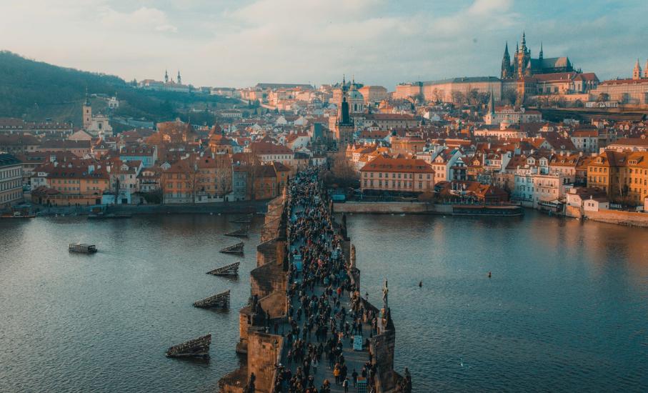 Inscrições abertas para programa de estágio acadêmico na República Tcheca