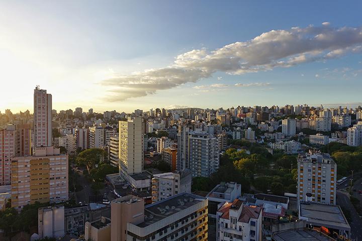 Pesquisa aponta que 28% das pessoas na grande Porto Alegre estão vivendo com renda inferior a ¼ do salário mínimo