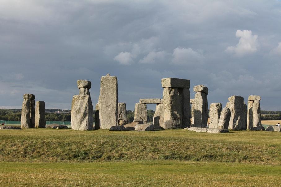 Uma das principais atrações turísticas da Inglaterra, Stonehenge conta com passeio virtual