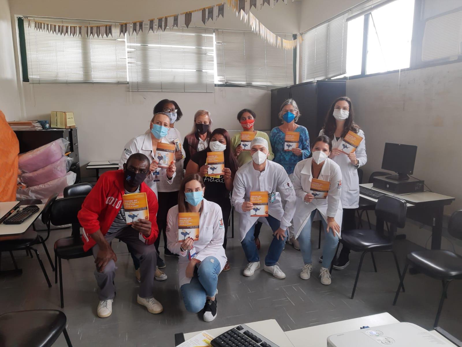 Estudantes de Enfermagem, Nutrição e Odontologia se envolvem na iniciativa